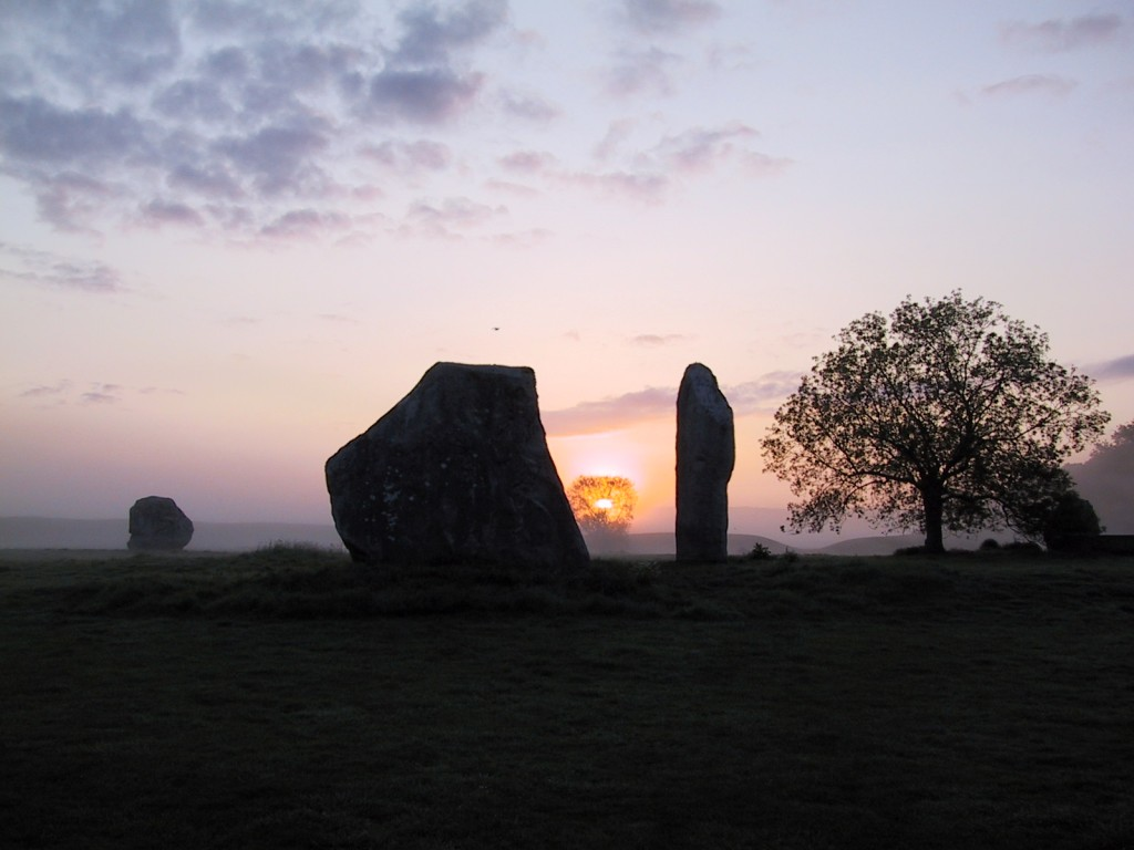 The Lodge, Avebury - The sun rises between the Cove stones.